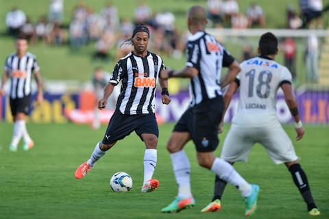 z_Ronaldinho