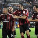 Menez e de Jong, qualità e quantità. Male Torres: le pagelle di Milan-Chievo 2-0